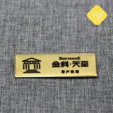 Kundenspezifischer Metallunternehmensstab Druckguss-Namensabzeichen