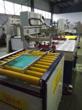 Une machine automatique d'imprimante d'écran de couleur pour l'impression en verre