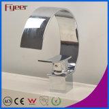 Taraud de mélangeur large courbé moderne de l'eau de robinet de lavabo de cascade à écriture ligne par ligne de bec de chrome de Fyeer Wasserhahn