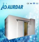 Equipamento de refrigeração na sala de armazenagem fria