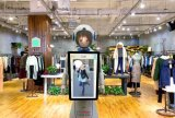 Robot umani Humanoid programmabili Alice di formato più