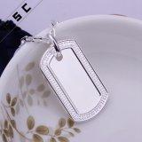 Großhandelssilber überzogene Vierecks-hängende Halsketten für Männer und Frauen
