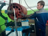 モーター回転子のバランスをとる機械2000kg