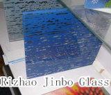 着色されたステンドグラス(装飾的なガラス) (JINBO)