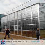 Panneau solaire tempéré à faible teneur en fer en verre structuré pour verre solaire / maison verte