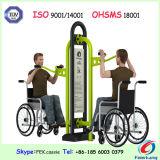 Gli handicappati del corpo tirano la presidenza che costruisce la strumentazione esterna di forma fisica