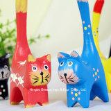 Figuras de madeira pintadas Handmade Multicolor do gato da cauda longa
