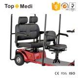 Alta vespa de la movilidad de la energía eléctrica de los asientos triples del rodamiento de Topmedi con la conducción de la lámpara y de la cesta