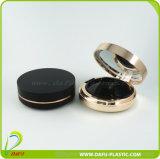 Estetica rotonda di lusso che impacca la cassa compatta della polvere