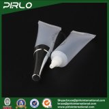 15ml 0.5oz Creme cosmético de cor translúcida Use tubos macios Tubo de plástico espreitável vazio Tubo de creme de olho com bico longo