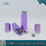 rullo di vetro viola cosmetico 10ml sulla bottiglia con la capsula del rullo dell'acciaio inossidabile