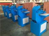 De hydraulische Scherpe Machine van het Wapen van de Schommeling voor Leer