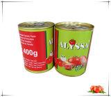 La nourriture en conserve de légumes en conserve la pâte de tomate en sachet de sauce tomate