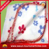 100%年のMicrofiberの羊毛によって編まれる投球毛布