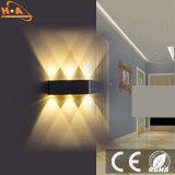 Mejor estilo europeo con lámpara de pared de diseño.