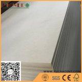 Fsc Certificaat 1525X2440mm Duidelijke MDF/Ruwe MDF voor Kabinet