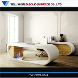 現代的な贅沢で優雅で白い机のオフィス用家具の管理の記述のスマートな現代机のオフィス用家具