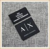 Étiquette de vêtement tissé