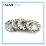 Les dents internes DIN 6798 ont crénelé la rondelle de freinage avec du matériau d'acier inoxydable