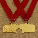 習慣によってダイカストで形造られる金属の金の銀の青銅の空手メダル