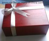 De madera con laca roja Chocolate caja con cinta de plata