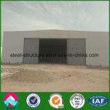 A estrutura de aço do Níger hangar militar