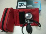 Sphygmomanometer manual aneróide