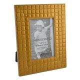 Золотистая пластичная рамка в любом размере для домашнего украшения