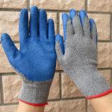 Guanto rivestito blu poco costoso Cina del lavoro di sicurezza dei guanti del lattice