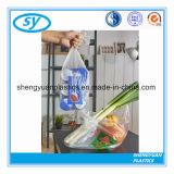 Plastikverpacken- der Lebensmittelbeutel auf Rolle