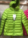 Куртки светлого спуска повелительницы, портативная вниз куртка для женщин, оптовой продажи курток вниз