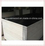 Película Phenolic madeira compensada Shuttering enfrentada para o uso da construção