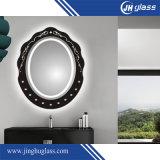 De badkamers vormde Verlichte LEIDENE Spiegel met de Schakelaar van de Sensor van de Aanraking