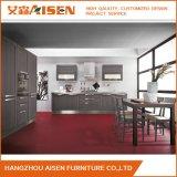 Preço acessível mobiliário de madeira armário de cozinha em madeira maciça com Island