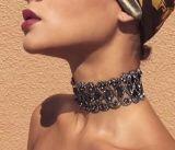 Monili Glittering eccellenti della collana del Choker del diamante del collare del fiore del Rhinestone pieno di lusso