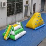 Giocattolo gonfiabile rampicante di sport di acqua del gioco dell'acqua della parete dell'iceberg gonfiabile dell'acqua