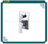 Термостатической установленный стеной Faucet однорычажной ванны латунный