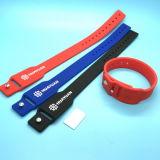 Bracelete Wearable do Wristband NFC do silicone RFID do mestre do visto da solução do pagamento