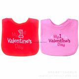 Bib feito sob encomenda do bebê de Jersey do algodão do Valentim da cor-de-rosa do bordado do produto do OEM da fábrica de China