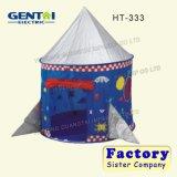 Im Freien falten scherzt oben Zelt-Schlösser