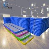 Pista di aria gonfiabile di galleggiamento all'ingrosso poco costosa della stuoia di ginnastica della stuoia di yoga