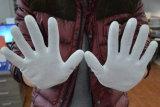 De witte Met een laag bedekte Werkende Handschoen van Pu Palm met de Certificatie van Ce