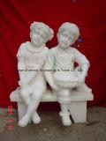 Kundenspezifische Handcarved Kind-Skulptur für Garten und Landschaftsdekoration