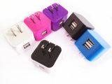 Carregador de dobramento duplo 5V 2.1A do telefone de pilha do curso do USB do telefone móvel do plugue do USB com cores personalizadas