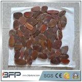 Мозаика камня камушка красного реки Китая на сетке