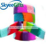 Il colore segmentato ha impresso il Wristband 2017 del silicone riempito inchiostro