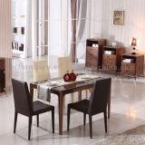 Tabella pranzante di rettangolo di legno classico con la parte superiore di marmo