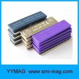 Les badges magnétiques et le nom de l'aimant de balise