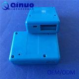電子のための注入によって形成されるプラスチックの箱
