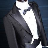 A chegada nova anunciou o terno para homens com preço de Cmt